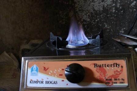 Kompor Biogas - Gas Dari Kotoran Ternak