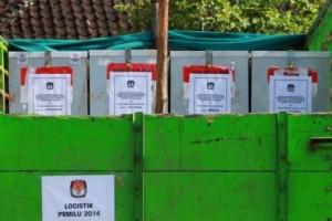 Logistik Pemilu Legislatif siap di antar ke TPS di Wilayah Selatan Sumba Timur