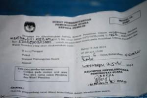 Ilustrasi - Surat Undangan Pilpres 9 Juli 2014 / Foto : Max FM / Heinrich Dengi