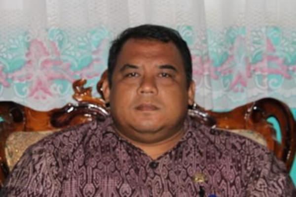 Kepala Dinas Kesehatan SUmba Timur, dokter Chrisnawan Tri Haryantana [ Foto : Heinrich Dengi ]