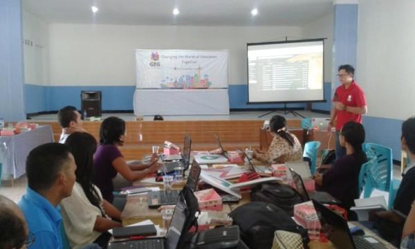 Suasana Pelatihan Guru yang tergabung dalam Google Educator Group Sumba Timur