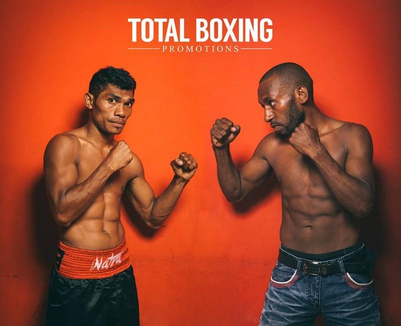 Jansen Hebi Marapu VS Jackson Koel Lapie [Foto: Total Boxing Promotion]
